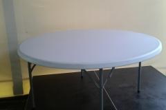 kulatý stůl, průměr 180 cm, pronájem Štefek